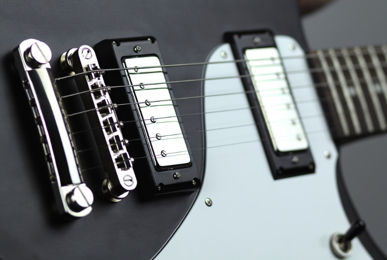 How To Adjust The Intonation On An Electric Guitar